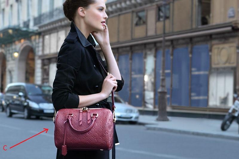 Простой тест о том, как ты носишь сумки расскажет о тебе все!