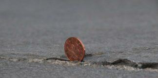 Почему нельзя подбирать найденную монету? То, о чем знают не многие