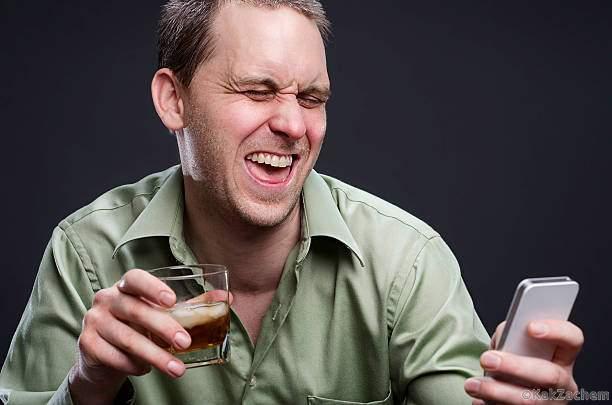 Каждый знак Зодиака, когда выпьет, ведет себя по-разному