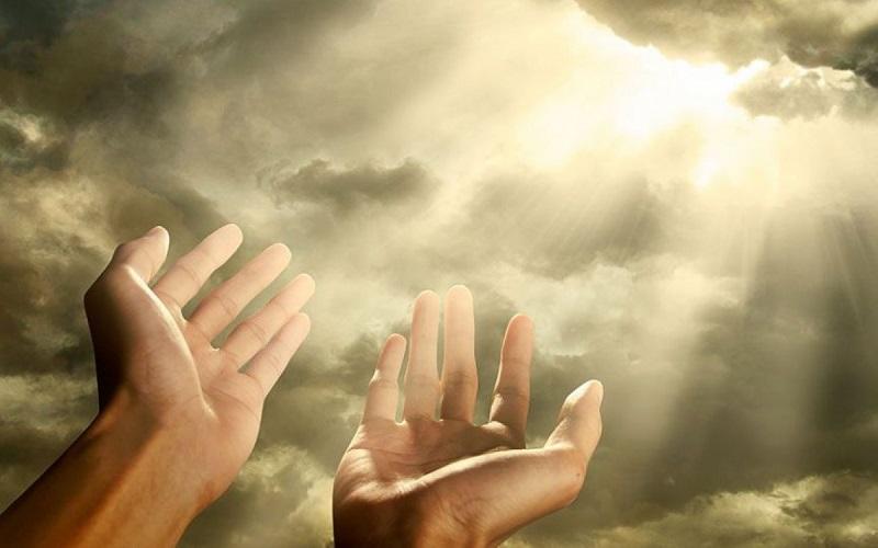 Молитва, которая закрывает все беды на 7 замков