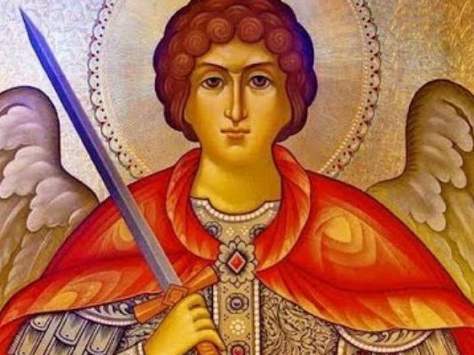 Очень сильная защита! Молитва архангелу Михаилу, которая поможет (видео)