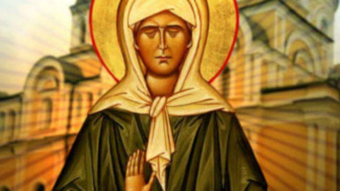 Очень сильные молитвы Матроне Московской о деньгах, любви и здоровье