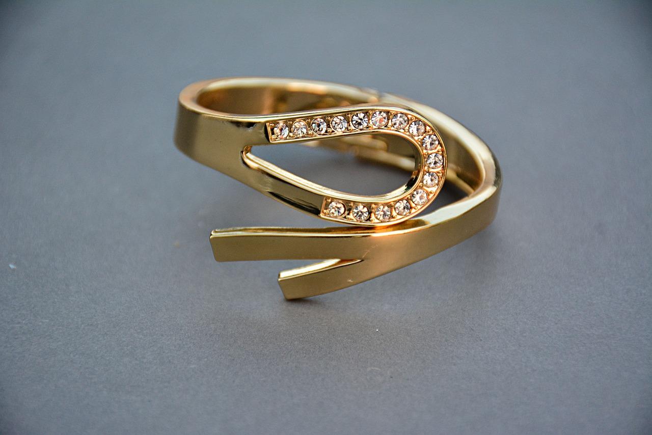 http://onpin.xyz/wp-content/uploads/2020/02/jewellery-1175530_1280.jpg