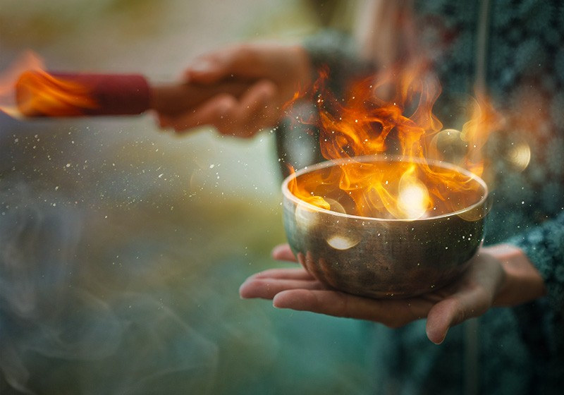 https://witches-house.ru/wp-content/uploads/2020/11/oct_800x560_norm_psychic_rituals_fire_bowl.jpg