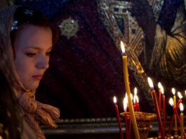 ochen-silnaya-martovskaya-molitva-ispolnyayushhaya-mechty