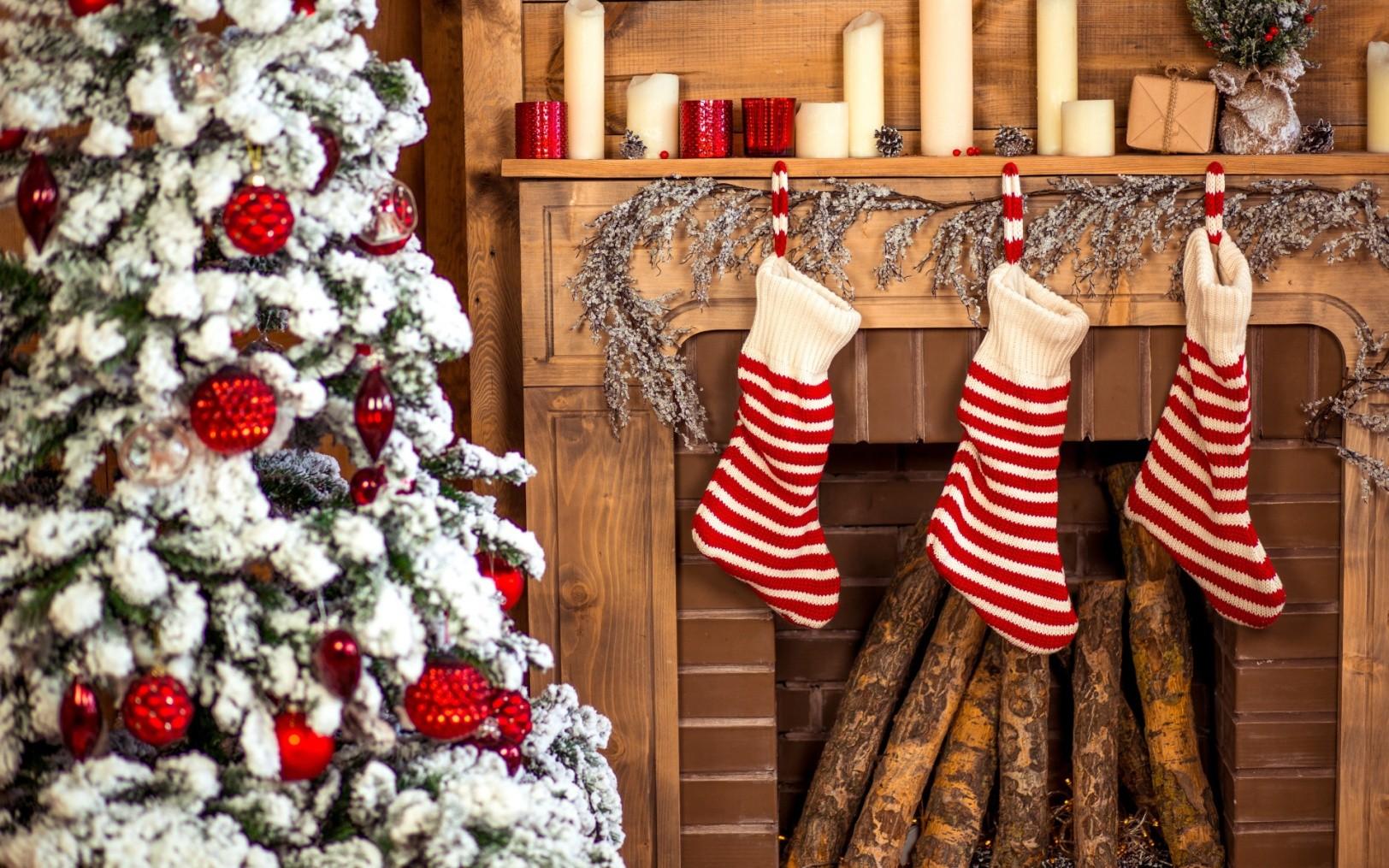 https://img4.goodfon.ru/original/1920x1200/6/9a/rozhdestvo-christmas-tree-elka-gifts-holiday-celebration--13.jpg