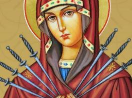 molitva-o-semejnom-blagopoluchii-pomozhet-naladit-otnosheniya-s-rodnymi